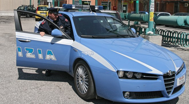 polizia-volante-sportello-2
