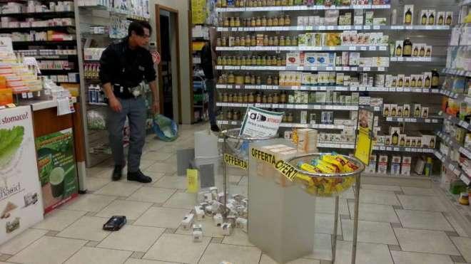 Rapina-alla-farmacia-Dallavalle-di-viale-Dante-2-800